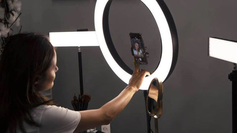 ringlightus 18 inch ring light for create a perfect selfie
