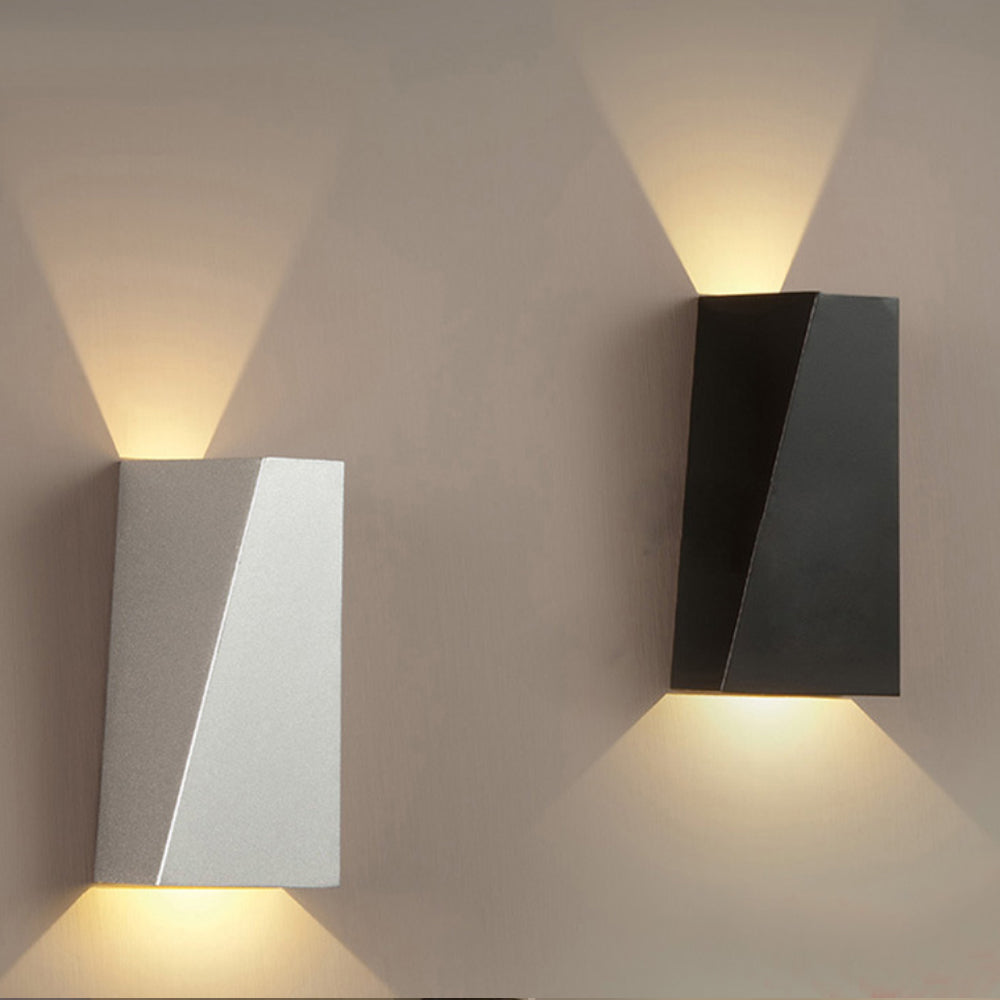 Modern Geometric Wall Lamp