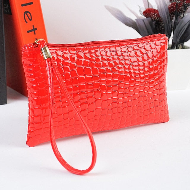 Classic Small Envelope Clutch Bags Women Evening Bag Soft PU Leather Zipper Crocodile Coins Purses Women Business Casual Handbag