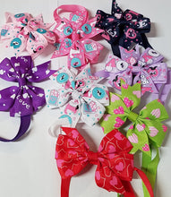 Load image into Gallery viewer, Festive Love Neck Bows - Official Pet Boutique