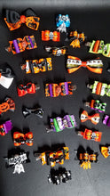 Load image into Gallery viewer, Halloween Hair Clips Pack of 5