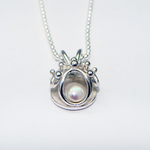 Small Pendant with Freshwater Pearl