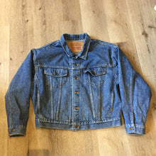 Load image into Gallery viewer, Vintage 80's Levi's Medium Wash Trucker Jacket
