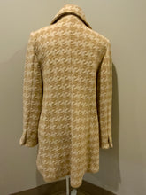 Load image into Gallery viewer, Ann Taylor white and cream houndstooth pattern wool blend coat with front buttons and welt pockets. Made in Indonesia. Fits a size 10.
