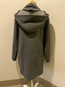 Italian grey wool blend duffle coat with detachable hood, wooden toggles and flap pockets. Made in Italy Size 14.