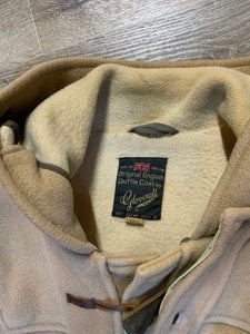 Kingspier Vintage - Gloverall tan wool duffle coat with hood, zipper, wooden toggles and flap pockets. Made in England. Size 42.