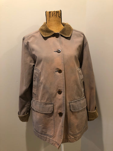 LL Bean distressed purple chore jacket with beige corduroy collar and cuffs, two slash pockets for keeping your hands warm, two flap pockets and button closures. Size petite Large.