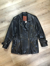 Load image into Gallery viewer, Lawrence Roy black lambskin leather jacket with zipper and three zip slash pockets. Made in Canada. Size large.