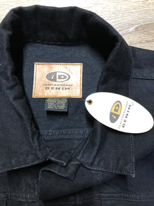 Kingspier Vintage - International Denim black denim jacket with button closures, two vertical pockets, two flap pockets and two inside pockets. Made in Canada. Size XXXL.