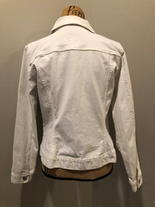 Gap stretch denim jacket in white with button closures and two flap pockets on the chest. Size large.