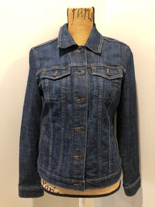 Gap Jeans denim jacket in a medium faded wash with button closures, vertical pockets, two flap pockets on the chest. Size medium.