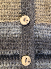 Load image into Gallery viewer, Kingspier Vintage - Paula Scott hand knit wool cardigan in a gradient pattern of beige to dark brown. This cardigan features wooden buttons and was handmade in Nova Scotia. Size medium/ large.