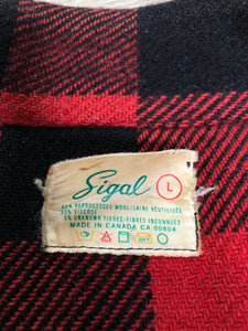 Kingspier Vintage - Sigal red wool blend lumberjack shirt with button closures, two flap pockets, two slash pockets. Made in Canada. Size large.