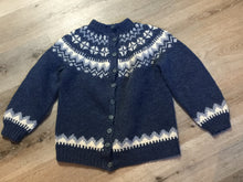 Load image into Gallery viewer, Preshrunk wool, hand knit Lopi cardigan in blue and white with button closures. Size XS,