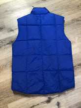 Load image into Gallery viewer, Land's End blue down filled puffer vest with snap closures and slash pockets. Size small.