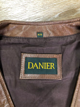 Load image into Gallery viewer, Danier medium brown leather vest with zipper and zip pockets. Size medium.