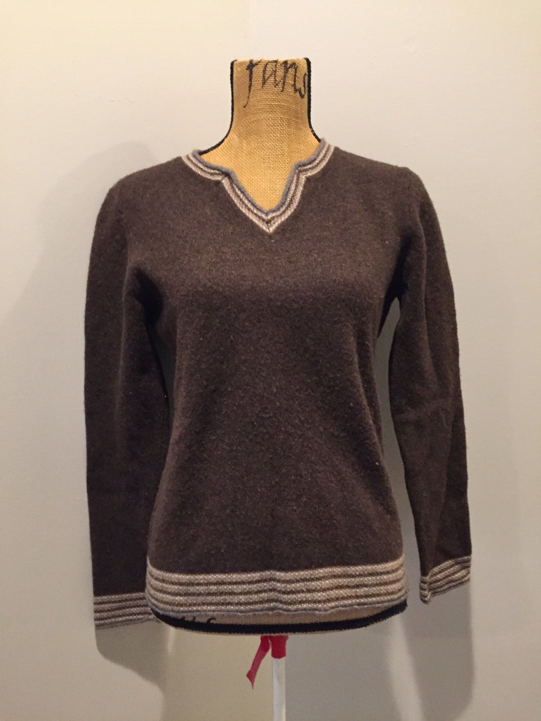 Kingspier Vintage - Patagonia brown and white wool sweater. Size large.