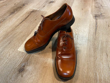 Load image into Gallery viewer, MacFarlane Oxford Shoes 13M 45 (Canada)