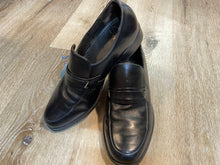 Load image into Gallery viewer, Kingspier Vintage - Black Penny Loafers by Simpsons - Sizes: 7.5M 9W 40-41EURO, Made in Czechoslovakia, Leather Soles and Rubber Heels