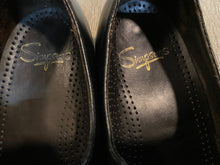 Load image into Gallery viewer, Simpsons Loafer Shoes 7.5M 40/41 (Czechoslovakia)