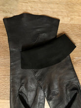 Load image into Gallery viewer, Kingspier Vintage - Black leather three-quarter length gloves. Beautiful soft and lightweight leather. Size small/ 7.
