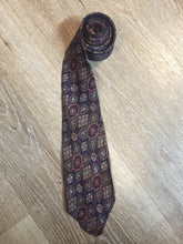 "Load image into Gallery viewer, Vintage Currie ""Authentic Ancient Persians"" Tie"