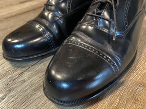 Kingspier Vintage - Black Quarter Brogue Cap Toe Oxfords by Bostonian Classics - Sizes: 8M 10W 41EURO, Made in China, Leather Upper and Lining, Bostonian First Flex Leather Soles and Rubber Heels