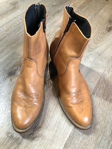 Kingspier Vintage - Light brown leather short cowboy boot with round toe, side zipper and decorative stitching.  Size 11 - 12 Mens  The leather uppers and soles are in excellent condition.