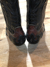 Load image into Gallery viewer, Vintage Aldo Cowboy Boots