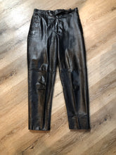 Load image into Gallery viewer, Kingspier Vintage - Rive Droite blsck leather highrise pants with tapered leg, zip side pockets and belt detail. Size 8