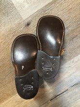 Load image into Gallery viewer, Child Life Brown Leather Shoes