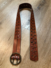 Load image into Gallery viewer, Kingspier Vintage - Brown leather belt with decorative leather stitching and brass circle buckle.