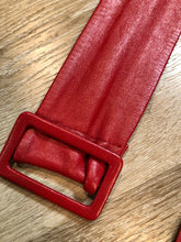 Load image into Gallery viewer, Kingspier Vintage - Vintage 80's red leather belt.