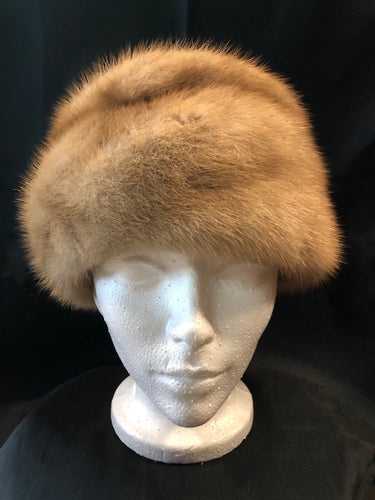"Kingspier Vintage - Vintage blonde fur hat with interior lined in brown floral embroidered nylon mesh. Union made in Canada.  Circumference - 21""  Hat is in excellent condition."