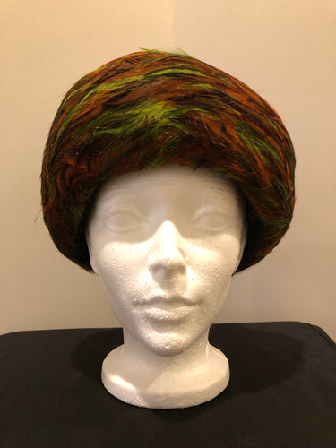 Kingspier Vintage - Lilly Dache Debs brown felt hat with green and orange feathered brim.  Circumference - 21""\  Hat is in excellent vintage condition.375|500|?|27749f1c7d841c0a59990505bde1390a|False|UNLIKELY|0.3287407457828522