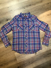 Load image into Gallery viewer, Kingspier Vintage - Salt Valley western style button up shirt with snap closures in blue, red, green and yellow plaid. Size XL mens.