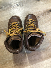 Load image into Gallery viewer, Kingspier Vintage - Vintage hiking boots in smooth brown leather with padded ankle and round toe. Made in Italy.  Size 6 womens  The uppers and soles are in excellent condition with some scuff marks in leather.
