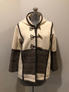 Kingspier Vintage - Vintage handwoven and handmade beige 100^ natural wool cardigan with hood, wooden toggles and inner lining. Made in Nova Scotia. Size medium.