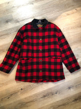 Load image into Gallery viewer, Kingspier Vintage - Woolrich buffalo plaid 85% wool and 15% nylon blend jacket with button closures, patch pockets and Thermo lite quilted lining. Made in USA. Size large.
