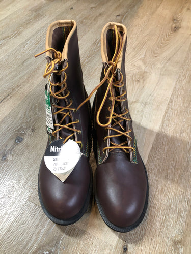 Vintage Kingtreads CSA approved 9 eyelet lace up work boots by Kaufman Footwear in brown with steel toe and steel plate insole to protect against injury, and oil resistant outsole. Made in Canada.  Size 7 Mens  The uppers and soles are in excellent condition. NWT.