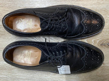 Load image into Gallery viewer, Kingspier Vintage - Black Full Brogue Wingtip Derbies by Hartt - Sizes: 8M 10W 41EURO, Canada's Quality Shoemakers, Made in Canada, Leather Soles, Biltrite Rubber Heels