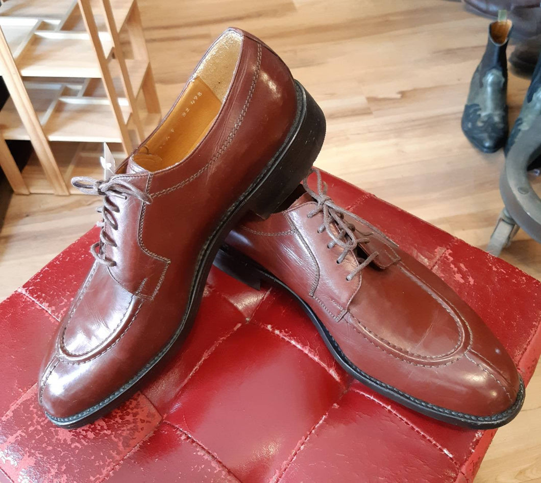 Vintage deadstock Dack's derby. Smooth chestnut colour leather. Made in Mexico. 1970's or 80's. US size 10 1/2