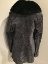 Load image into Gallery viewer, (SOLD) Vintage Overland (USA) mottled grey shearling with full fox shawl collar.
