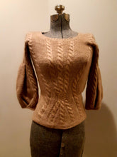 Load image into Gallery viewer, (SOLD) Vintage Oscar de la Renta cashmere sweater. Made in Russia. XS
