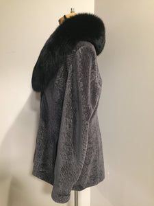 (SOLD) Vintage Overland (USA) mottled grey shearling with full fox shawl collar.