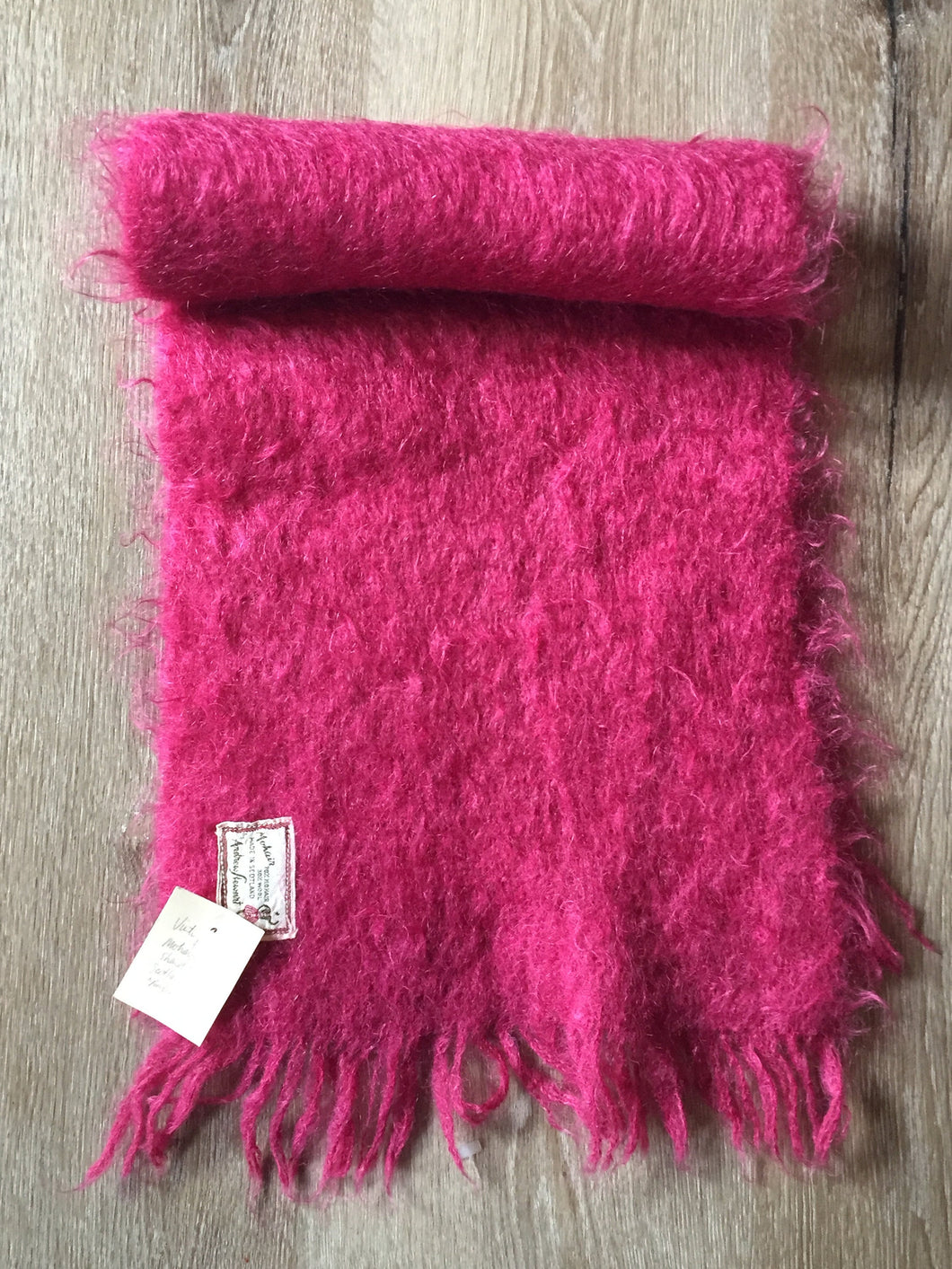 Kingspier Vintage - Vintage hot pink mohair shawl-scarf, made in Scotland by