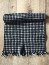 "Load image into Gallery viewer, Kingspier Vintage - Plaid wool scarf 12""x52"""