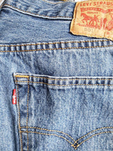 "Load image into Gallery viewer, Kingspier Vintage - Classic vintage Levi's 501 button fly., Made in Mexico. 34""x30"" , Excellent condition, Gently broken in"