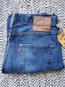"(SOLD) Levi's 501  30""x30"" red tab"