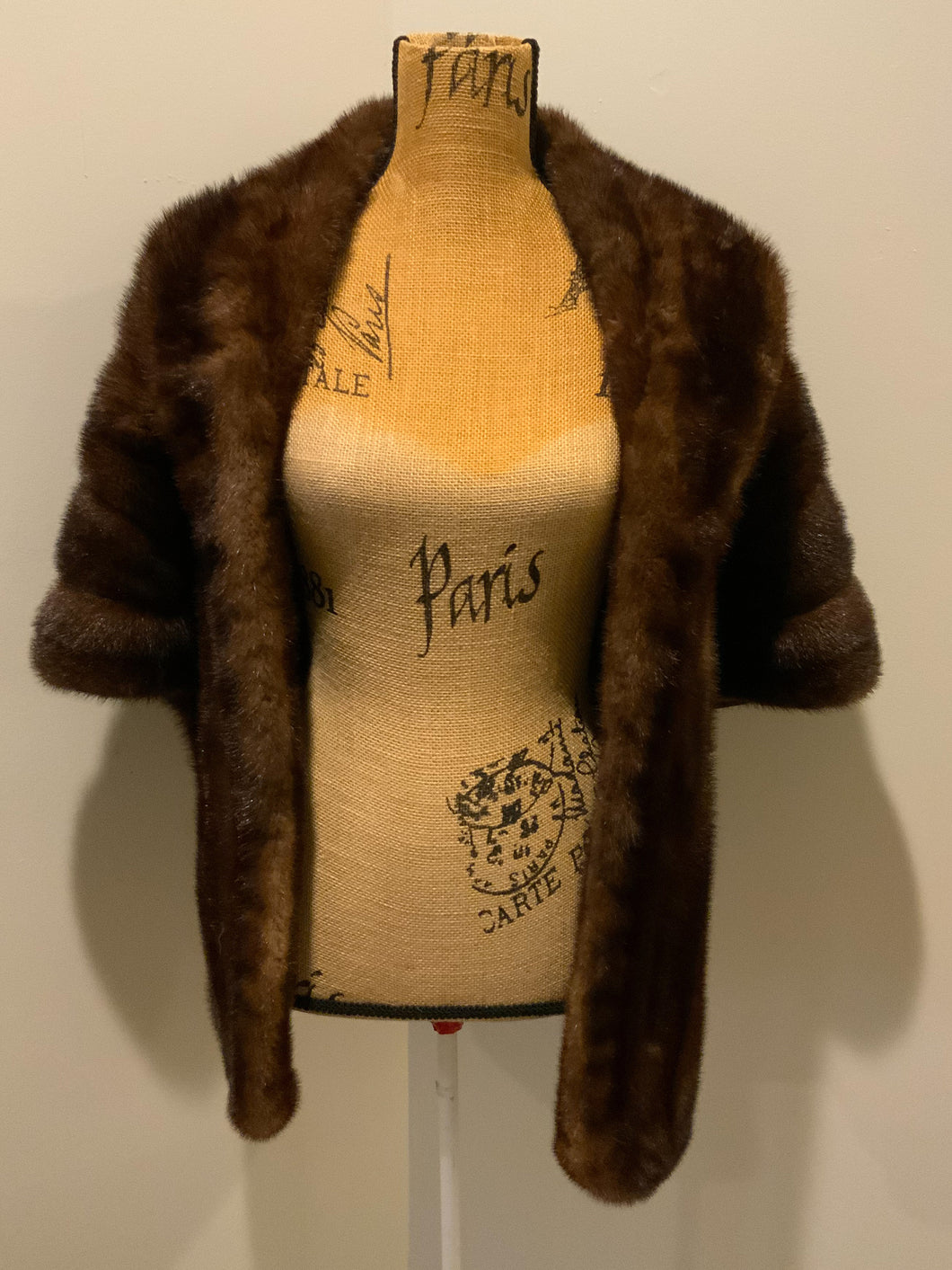 Andre Vintage Mink Fur Caplet Stole. Made in USA